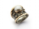 By Birdie ring - Empire Gold Pearl